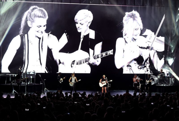 Dixie-Chicks-tour-1464890596