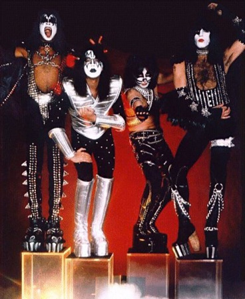 Kiss Group Pictures 68